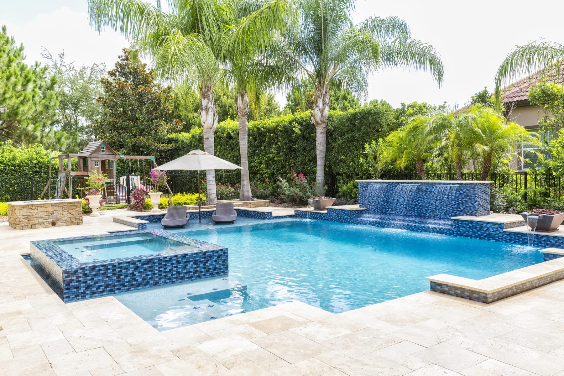 5 Great Pool Renovations to Consider This Year -